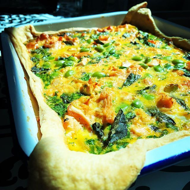 Homemade Minted Salmon & Edamame Quiche freshly made today for a hardworking, hungry crew. Deeeeelicious! #freshlymade #quiche #salmon #edamame #rehearsals #catering #rehearsalcatering #chefs #talent #rockpooltourcatering #tourcatering