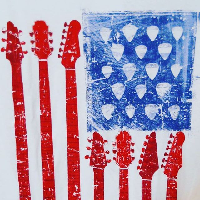 To all of our American family, clients and crew:  HAPPY 4th of JULY  #independenceday #july4th #fourthofjuly #america #catering #tourcatering #privatechefs #personalchefs #USA #guitar #plectrum #music #food